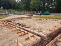 Výstavba kaple u hřbitova Březová